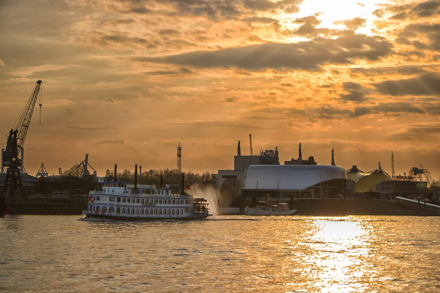 Hamburg Hafen Sonnenuntergang