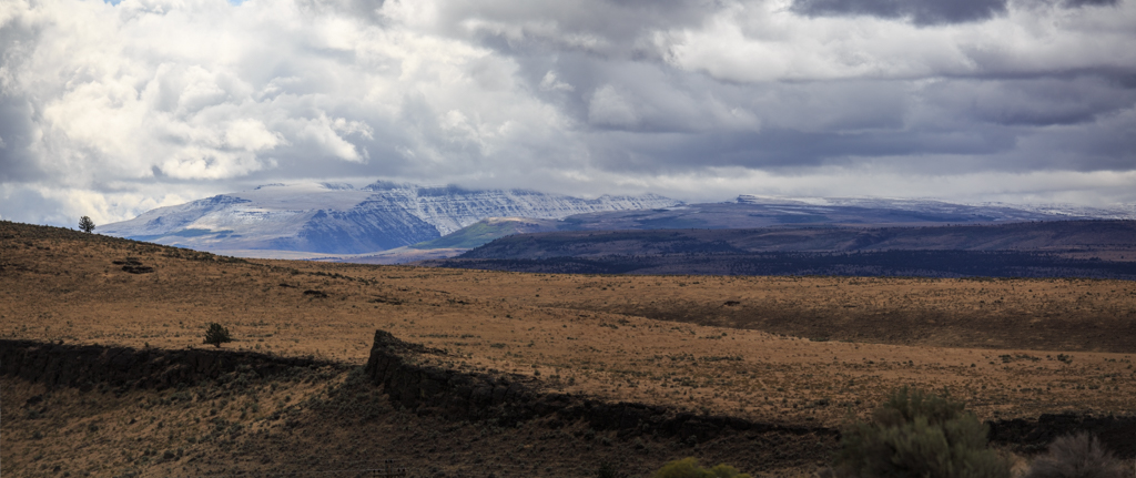 Steens Mountains gesehen vom Diamond Crater aus, Oregon, High Desert