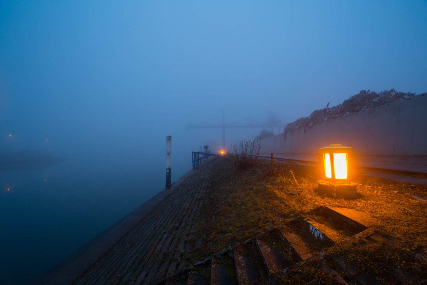 Nebel im Hafen von Karlsruhe