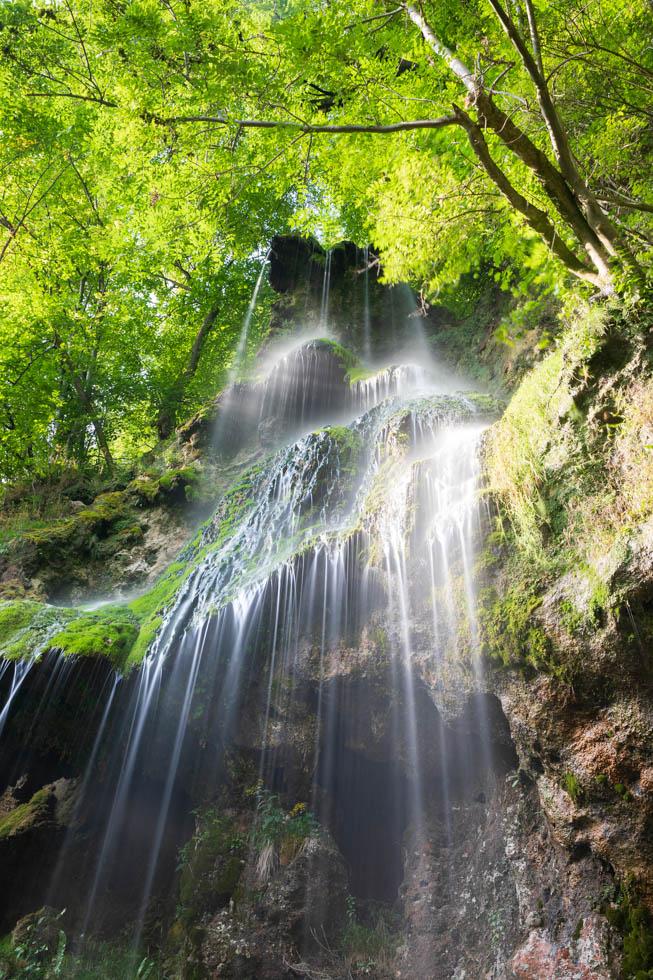 Photo: Uracher Wasserfall in ganzer Höhe