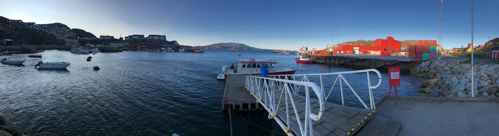 Photo: Qaqortoq am Morgen