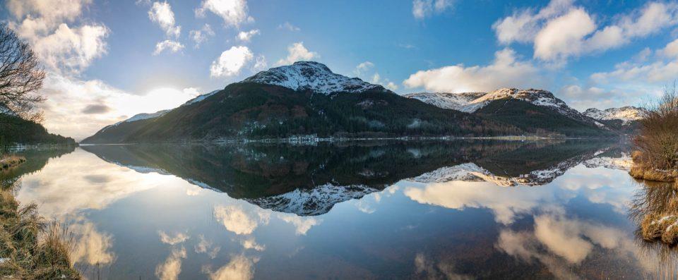 Spiegelung in Loch Eck, Schottland