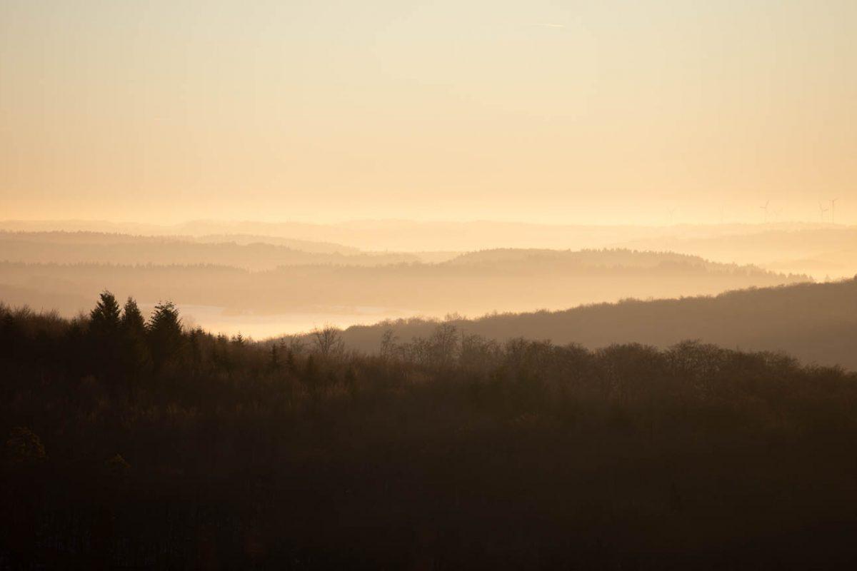 Licht und Schatten am Morgen, Schwäbische Alb