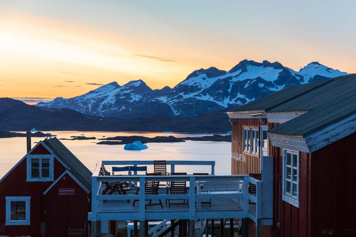 Mitternachtssonne, Ostgrönland, Grönland, Tasiilaq, Rotes Haus