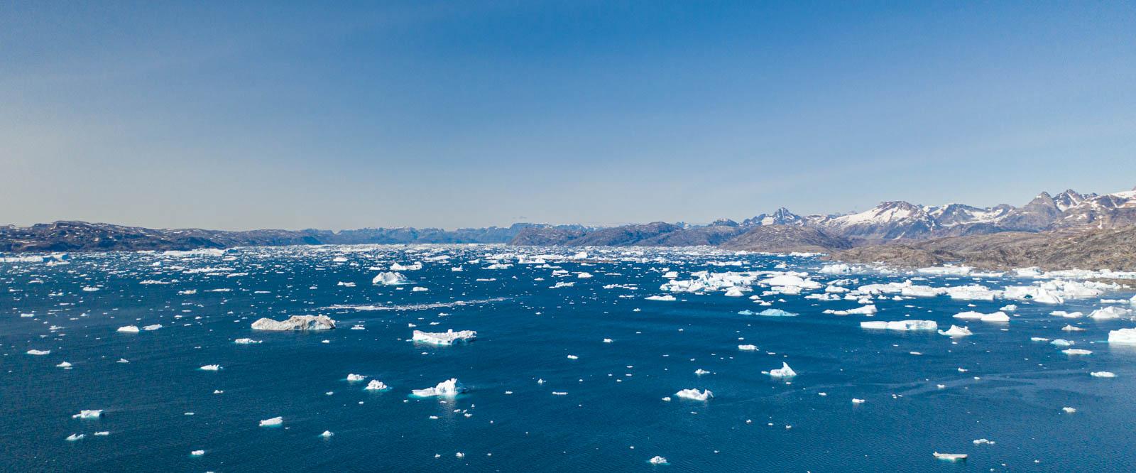 Photo: Sermilik Fjord Panorama mit der Drohne