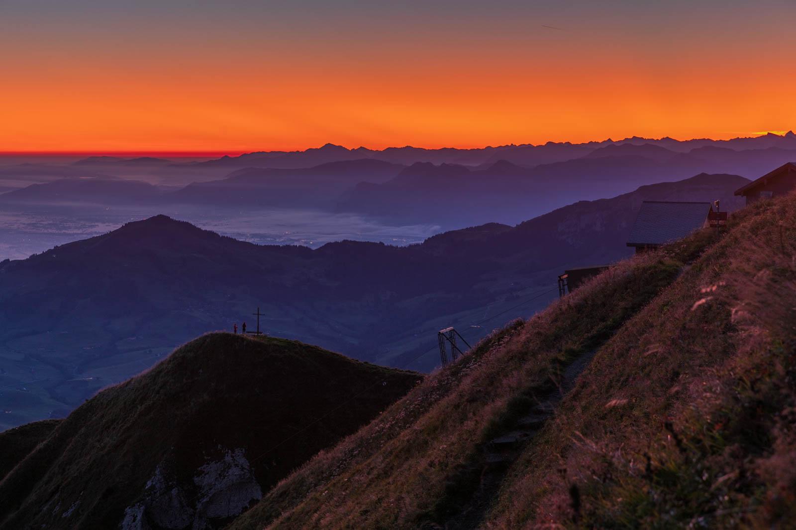 Photo: Der Morgenhimmel glüht