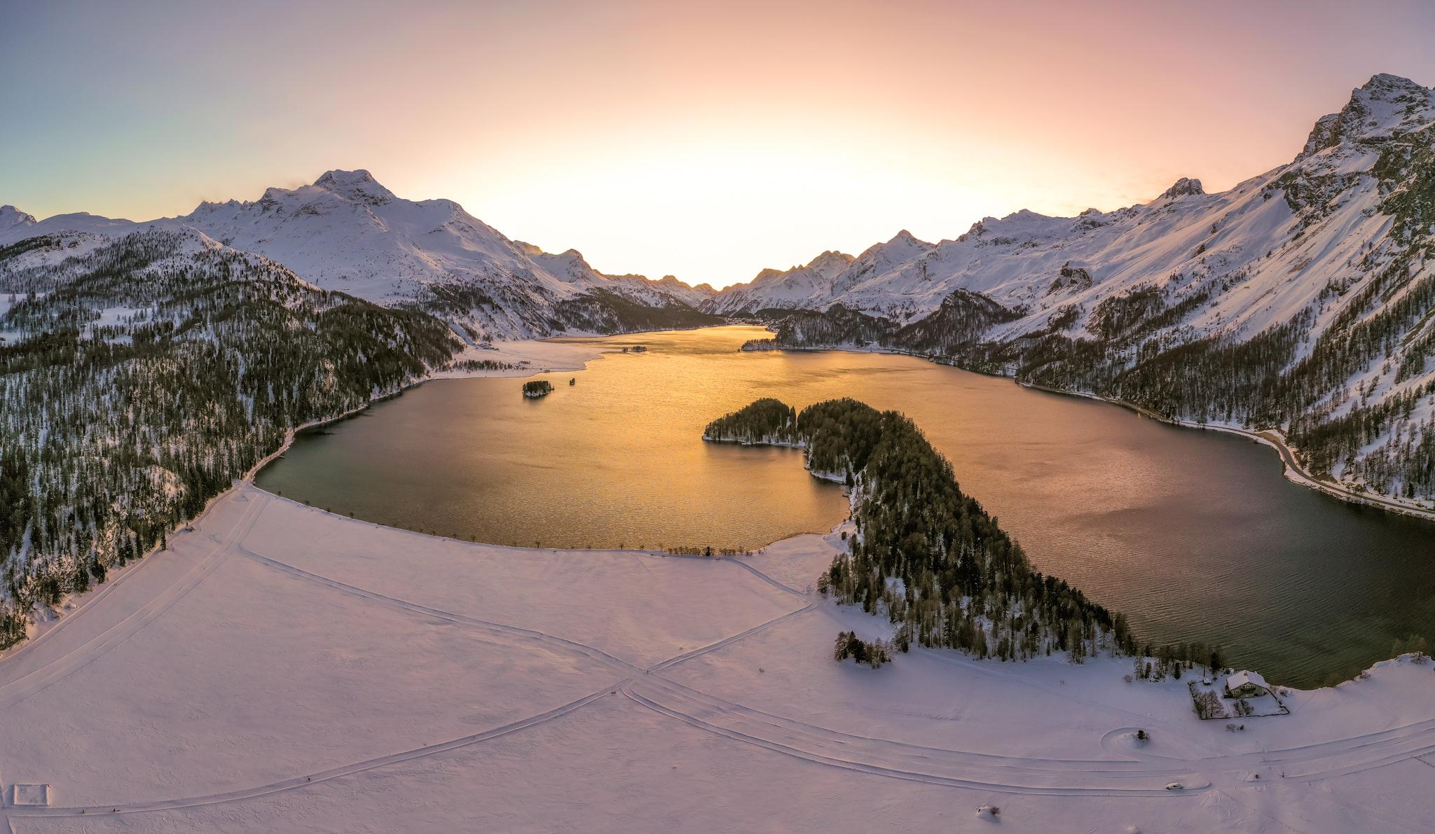 Photo: Der Silser See im Abendlicht
