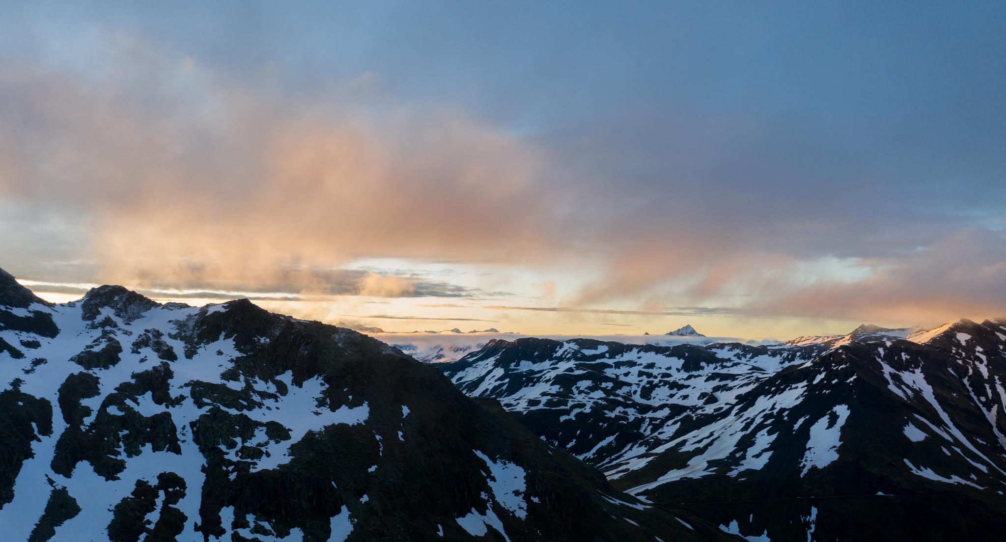 Photo: Zarter Sonnenaufgang